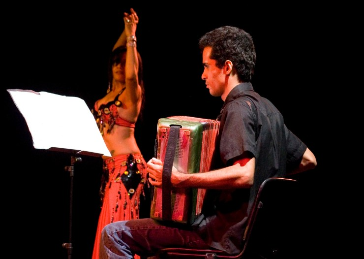Mostra Dança do Ventre em Cartaz BETH E PEDRO